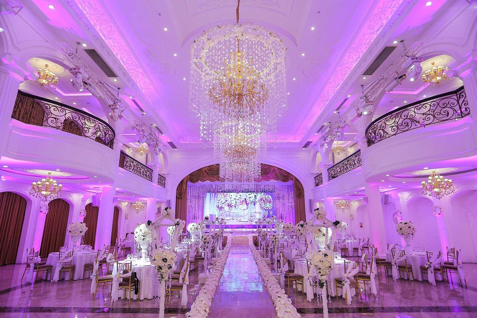 Tiệc cưới số 1 Việt Nam Queen Bee Luxury
